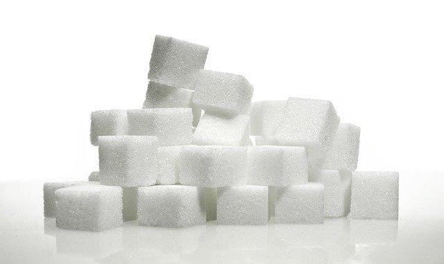 does sugar feed cancer