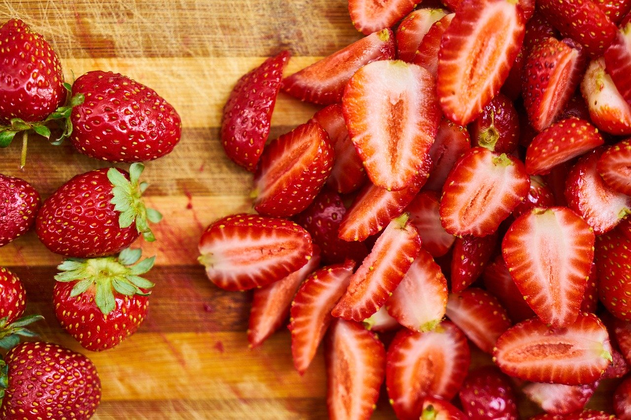 Carbs in Strawberries