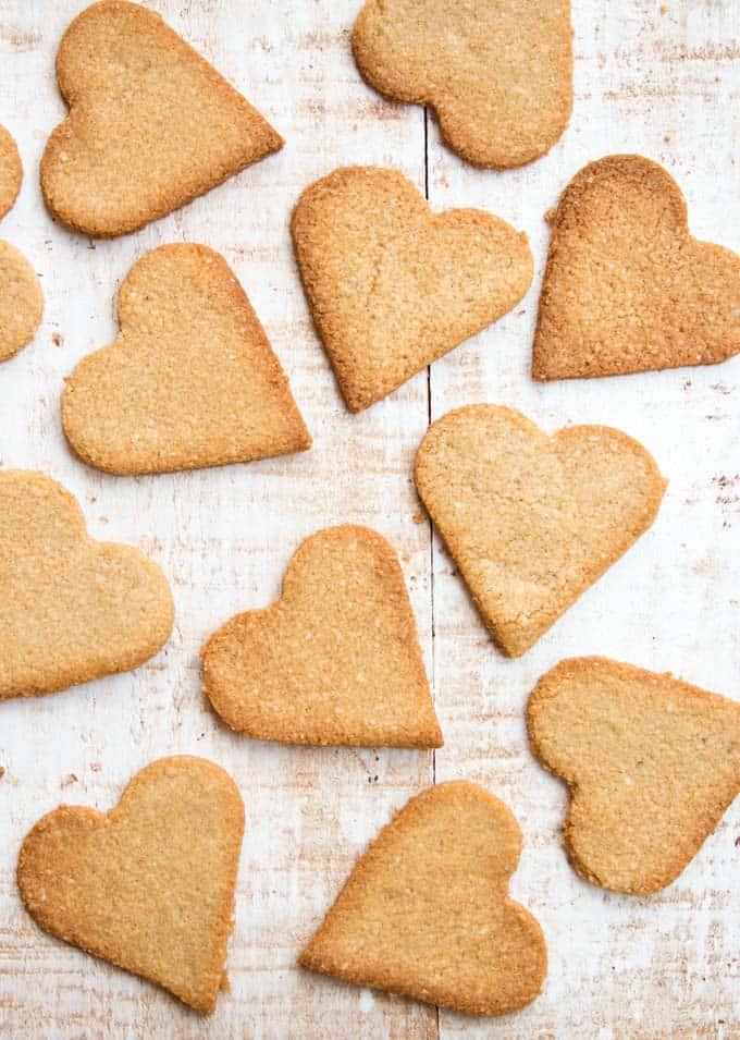 keto ginger snap cookies