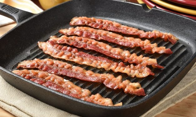 Carbs in Bacon – Everything You Need to Know