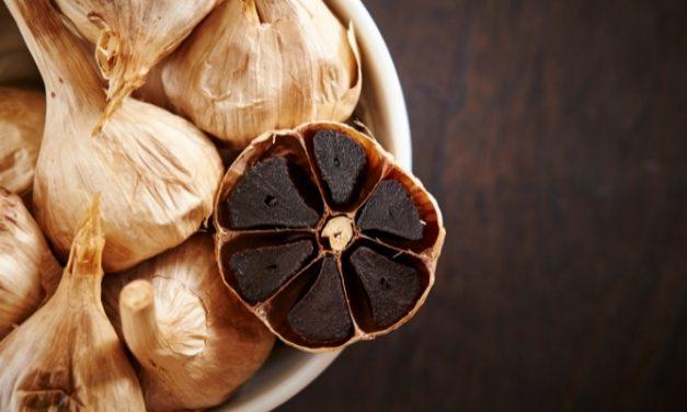 Is Garlic Keto? A Guide to keeping Garlic Keto Friendly